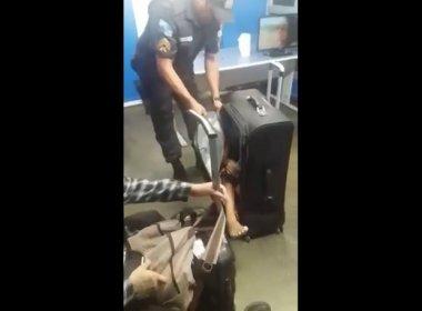 Mulher é presa em rodoviária tentando transportar criança de 11 anos em mala