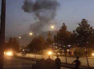 Atiradores atacam universidade americana no Afeganistão