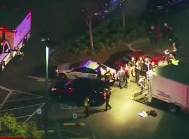 Tiroteio em centro comercial deixa quatro mortos e um ferido nos Estados Unidos