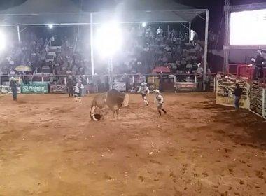 Peão de 17 anos morre após ser pisoteado por touro em rodeio no interior de São Paulo