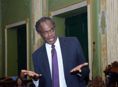 Câmara: oposição deve decidir na terça sobre candidatura e cria pauta para novo presidente
