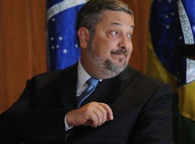 Moro autoriza desbloqueio de quase R$ 60 mil de Palocci para pagamento de funcionários