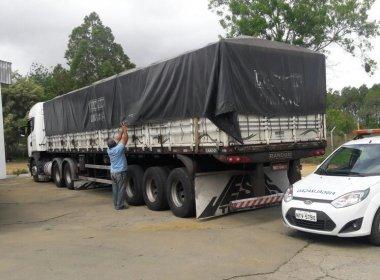 Carga Pesada: Sefaz apreende caminhão com 3,5 mil caixas de cachaça e vodka