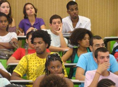 Percentual de negros em universidades dobra, mas é inferior ao de brancos