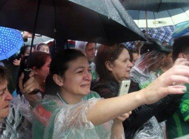 Velório oficial se encerra na Arena Condá; caixões seguem para cidades de vítimas