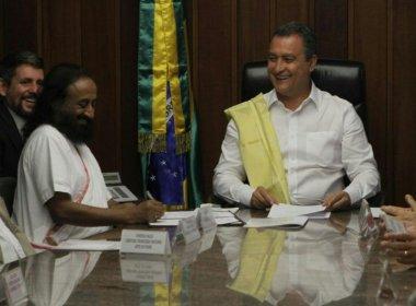 PMs baianos farão curso de humanitário indiano sobre respiração e gerenciamento de estresse