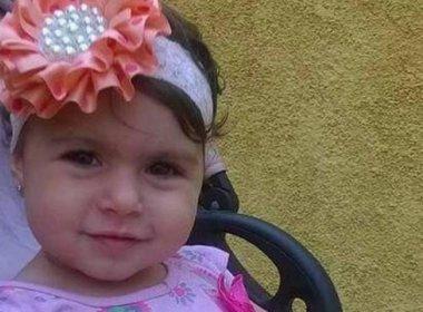 Menina de 2 anos morre baleada no Rio; inquérito apura se tiro partiu da polícia