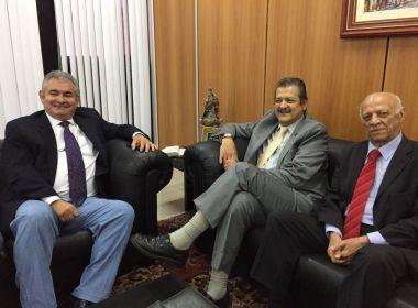 Grão-Mestre da Maçonaria visita presidente da assembleia