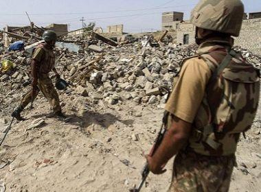 Ação militar para 'eliminação da discórdia' acaba com 12 mortos no Paquistão