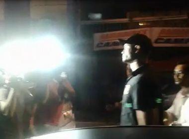 Goleiro Bruno se apresenta à polícia após determinação do STF