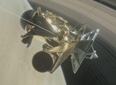 Após 19 anos, sonda Cassini chega a última missão nos anéis de Saturno