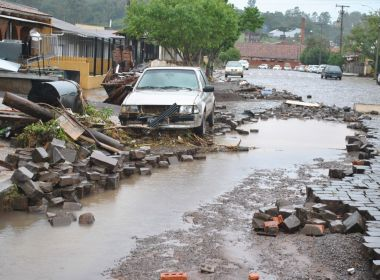 Chuva mata três pessoas e deixa 91 cidades em situação de emergência no RS