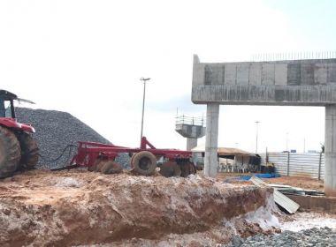 Prefeitura embarga obra do metrô na Paralela por dano ambiental