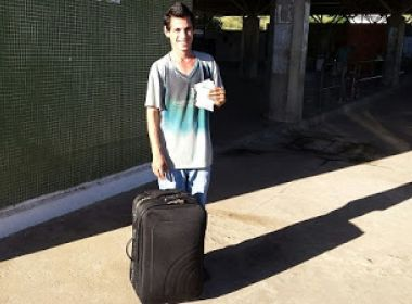 Jovem que viajou 6 dias para encontrar namorada em Ipiaú é destaque em Municípios