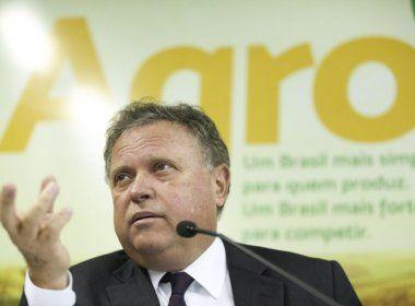 Ministro da Agricultura vai aos EUA tentar reverter suspensão da venda de carne