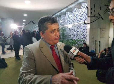 'É uma derrota com sentimento de vitória', diz líder da minoria na Câmara