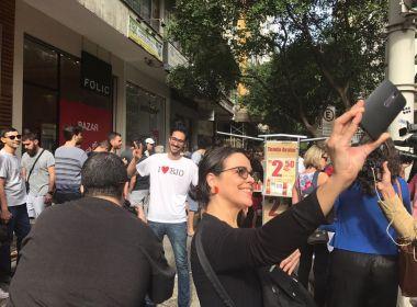 Cariocas promovem 'esfihaço' em apoio a refugiado sírio vítima de intolerância