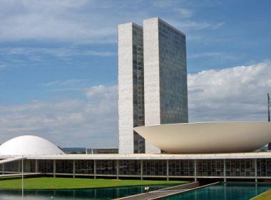 Comissões tentam aprovar projetos da reforma política; prazo termina em 2 meses
