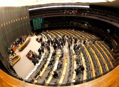'Farra das Passagens': MP cobrará R$ 50 milhões de mais de 500 deputados