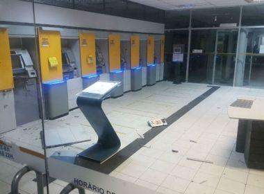 Criminosos explodem caixa eletrônico dentro de banco em Conceição do Coité
