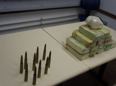 Mulher é presa ao tentar transportar mais de 15 quilos de pasta base de cocaína