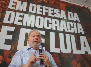 Lula aconselha quem não tem reajuste salarial a pedir auxílio moradia; 'Façam como Moro'