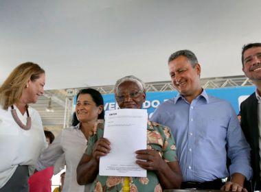 'Minha Casa, Minha Vida': Governador assina contratos com 860 famílias
