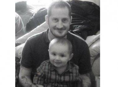 Homem com câncer terminal busca família adotiva para filho nos últimos dias de vida