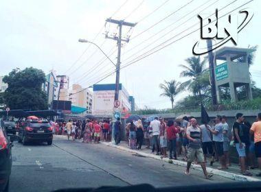 Febre amarela: Procura de vacina é intensa neste sábado em Salvador; veja fotos