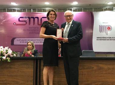 Fundação José Silveira recebe Medalha do Mérito do Ministério Público
